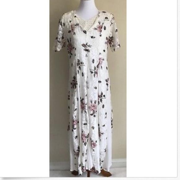 380f2ef2330 Vtg 90s Starina Dress Floral Lace Grunge Maxi M. M 5b141e719fe486f53ec34138
